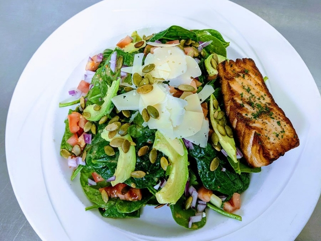 Spinach Salad with Grilled Salmon